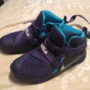NIKE James LeBron purple/teal high sneakers 5.5